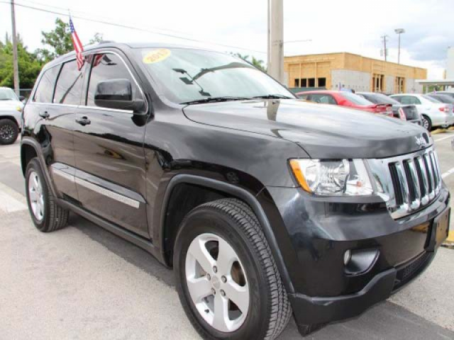 2013 Jeep Grand Cherokee 4D Sport Utility - 555752 - Image #1