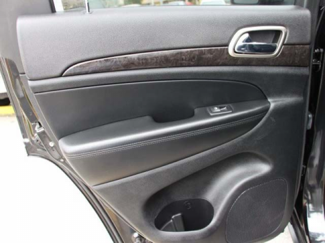 2013 Jeep Grand Cherokee 4D Sport Utility - 555752 - Image #17