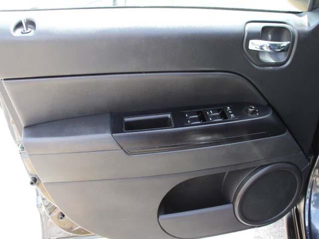 2014 Jeep Compass 4D Sport Utility - 742898 - Image #10