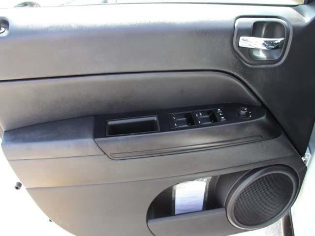 2014 Jeep Compass 4D Sport Utility - 746229 - Image #10