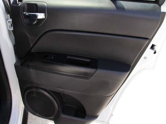 2014 Jeep Compass 4D Sport Utility - 746229 - Image #20
