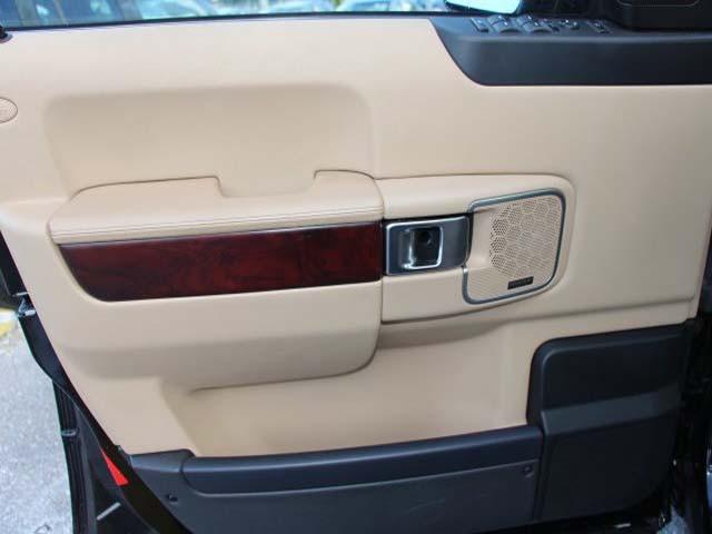 2011 Land Rover Range Rover 4D Sport Utility - 352530 - Image #10