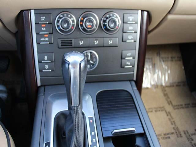 2011 Land Rover Range Rover 4D Sport Utility - 352530 - Image #15