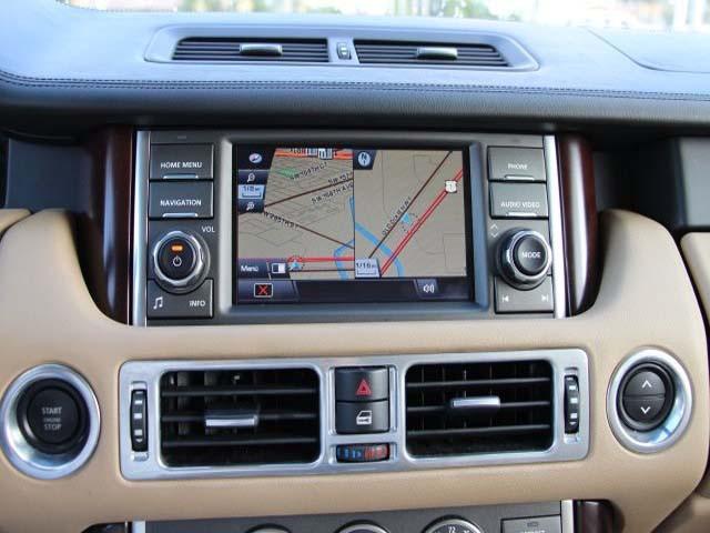 2011 Land Rover Range Rover 4D Sport Utility - 352530 - Image #16