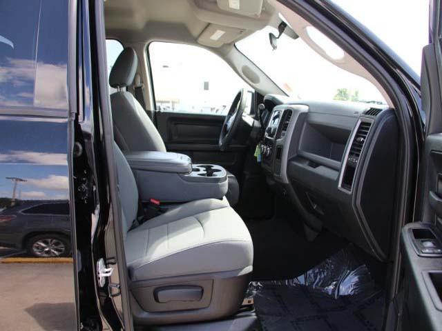 2013 Dodge Ram 1500 Quad Cab 4D Quad Cab - 501295 - Image #21