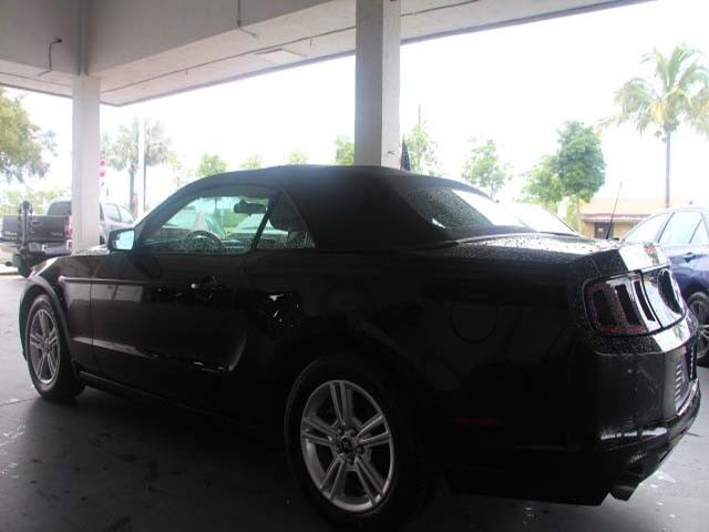 2014 Ford Mustang 2D Convertible - 215756 - Image #5