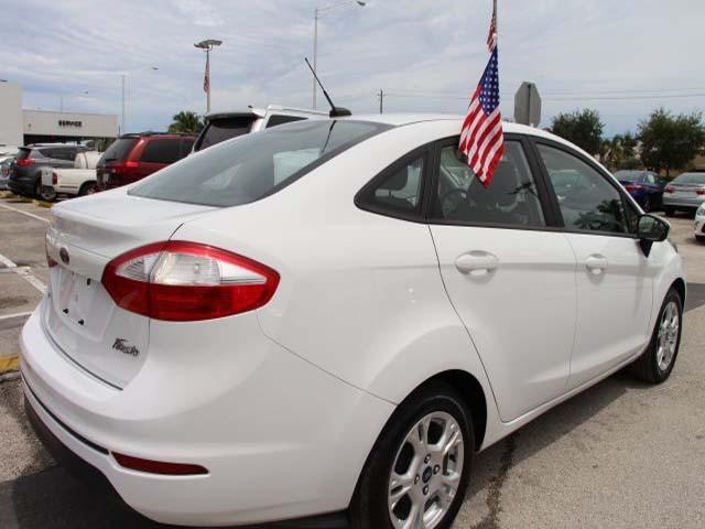 2014 Ford Fiesta 4D Sedan - 154523 - Image #7