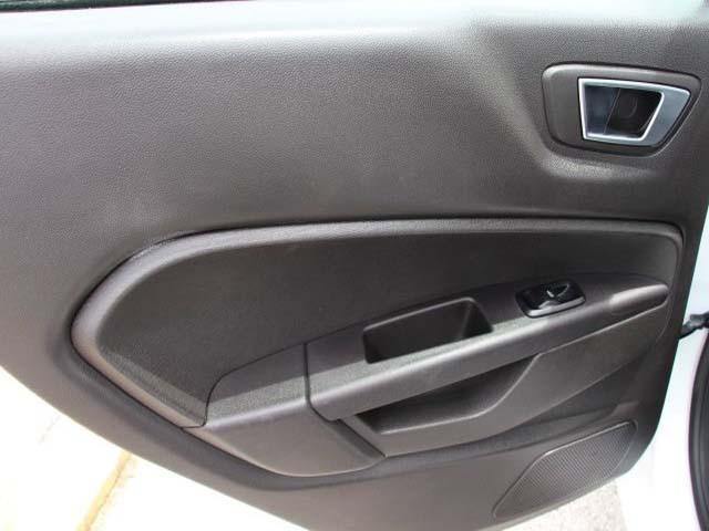 2014 Ford Fiesta 4D Sedan - 154523 - Image #16