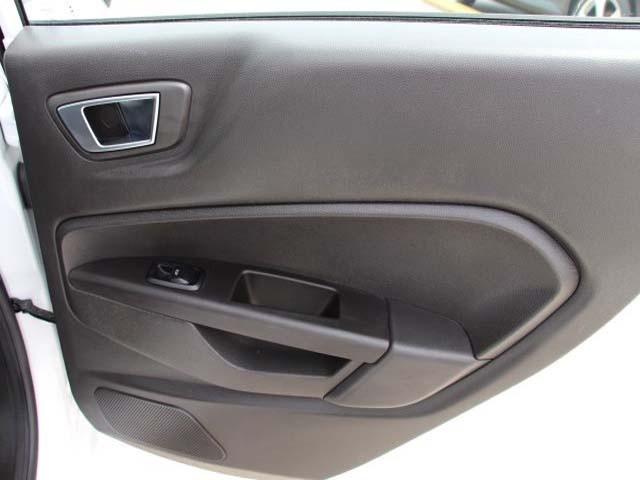 2014 Ford Fiesta 4D Sedan - 154523 - Image #21