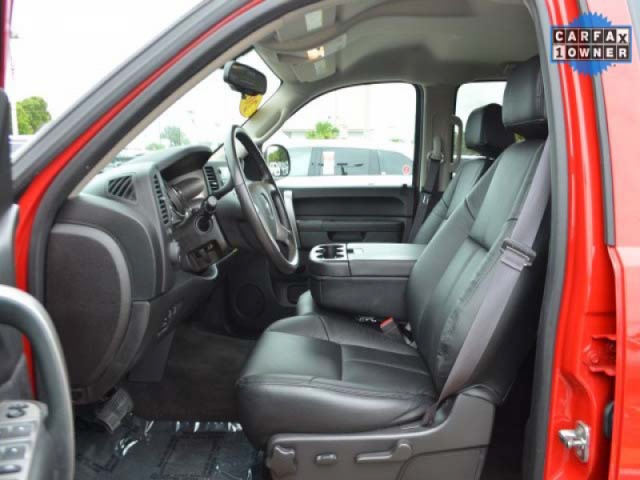 2012 GMC Sierra 1500 SLE 2D Standard Cab  - 363443 - Image #11