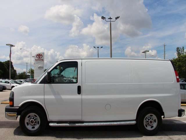 2014 GMC Savana G2500 HD 3D Cargo Van - 910049 - Image #4