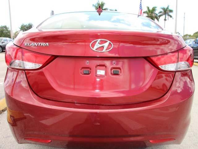 2013 Hyundai Elantra 4D Sedan - 265460 - Image #6