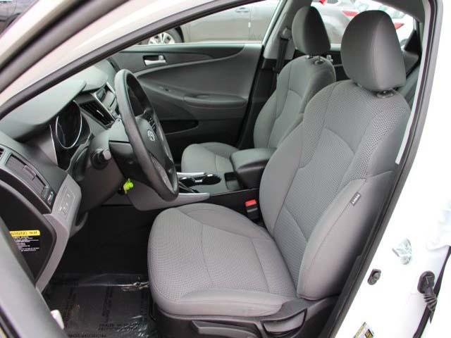 2014 Hyundai Sonata 4D Sedan - 859082 - Image #11