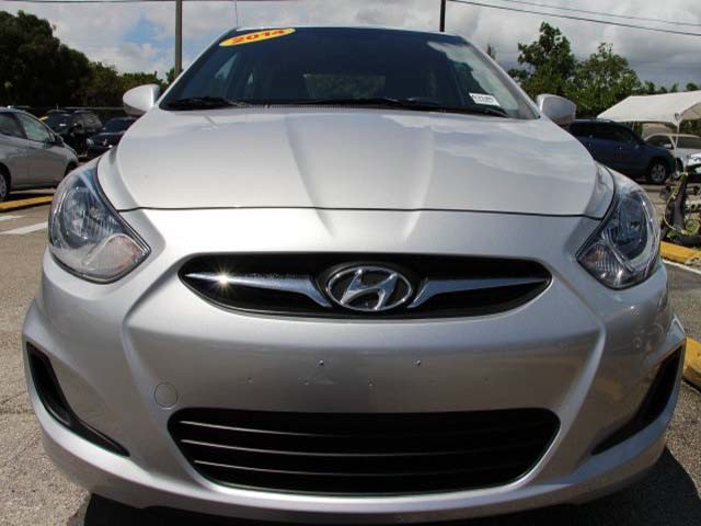 2014 Hyundai Accent 4D Sedan - 672603 - Image #2