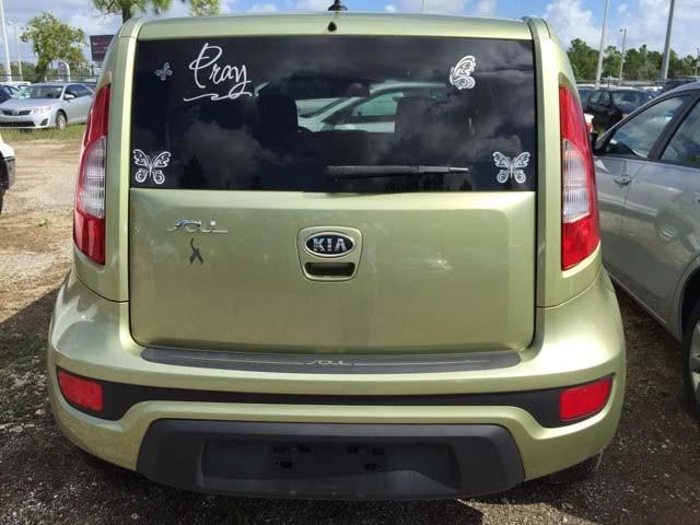 2012 Kia Soul 4D Hatchback - 435436 - Image #2
