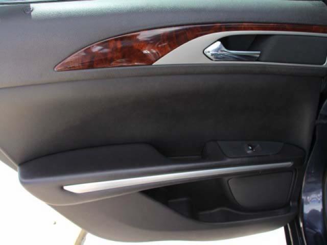 2013 Lincoln MKZ  4D Sedan  - 807166 - Image #15